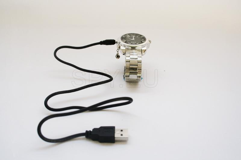 USB Rechargeable AV 300KP Pinhole Spy Camera Hidden in Working Steel Wristwatch (4GB)