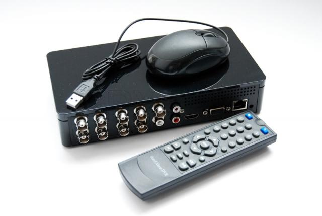 Eight-channel video recorder