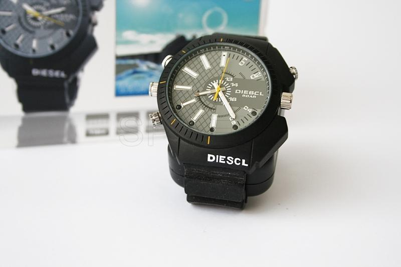 Camera in a waterproof watch with IR backlight