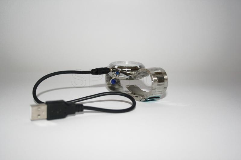 HD09 - USB Rechargeable 300KP Pin-hole Spy AV Camera Disguised as Working Steel Wristwatch (4GB)