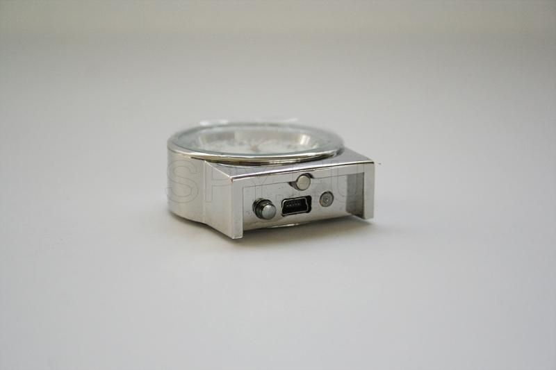 HD10 - Mini Camera Desk Clock A/V Recorder 4GB