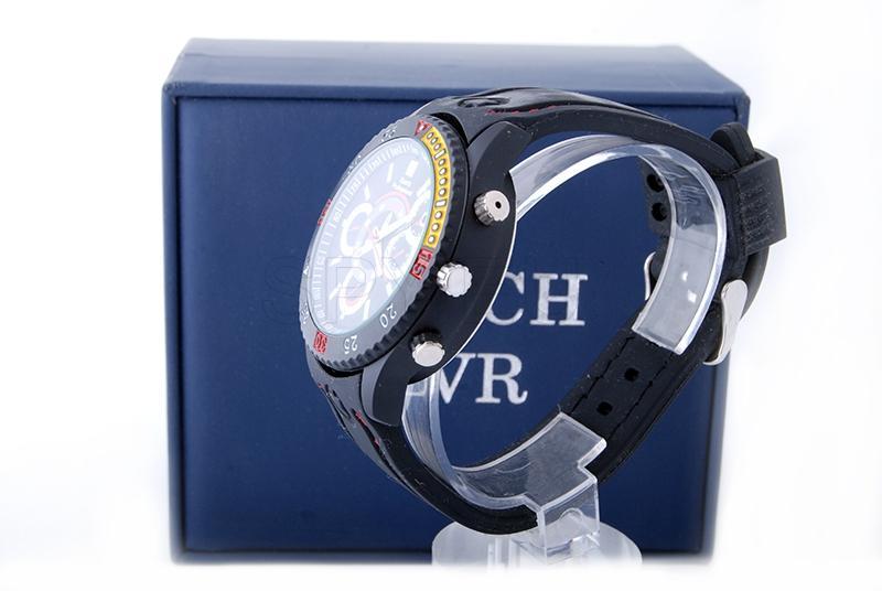 HD camera in waterproof wristwatch