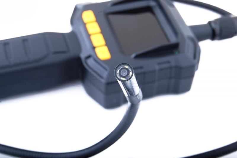 Endoscope with monitor output